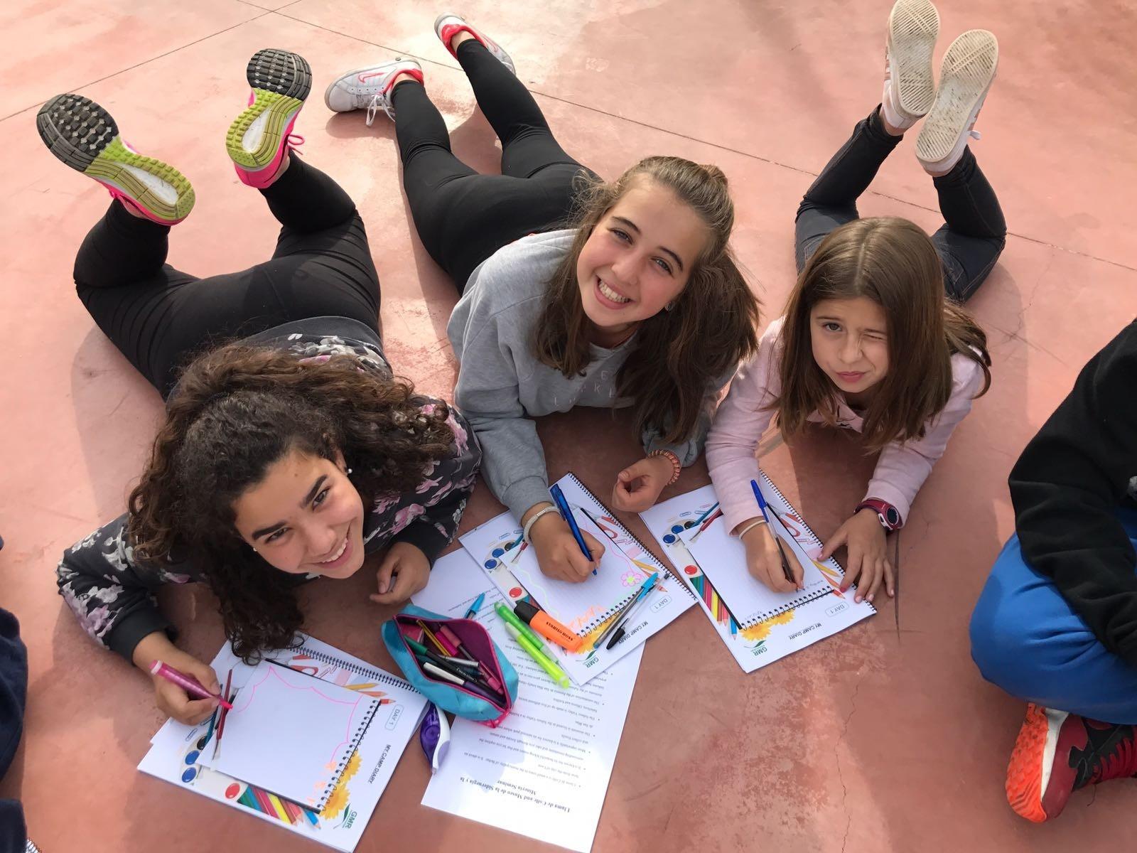 clases de inglés en el campamento