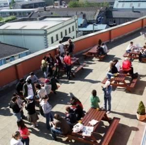 Terraza de la escuela de Galway