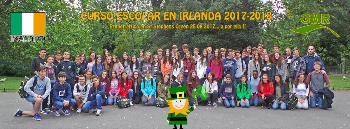 Grupo de curso escolar en Irlanda
