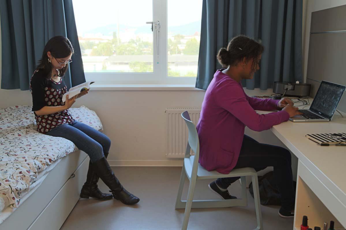 residencia apartamentos campus viva residence de la. Black Bedroom Furniture Sets. Home Design Ideas