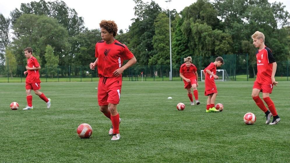 Curso de inglés y fútbol en Liverpool